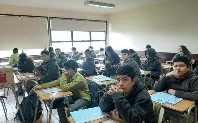 Estudiantes de 8vo rindieron SIMCE